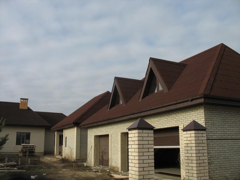 вальмовая крыша из ондулина