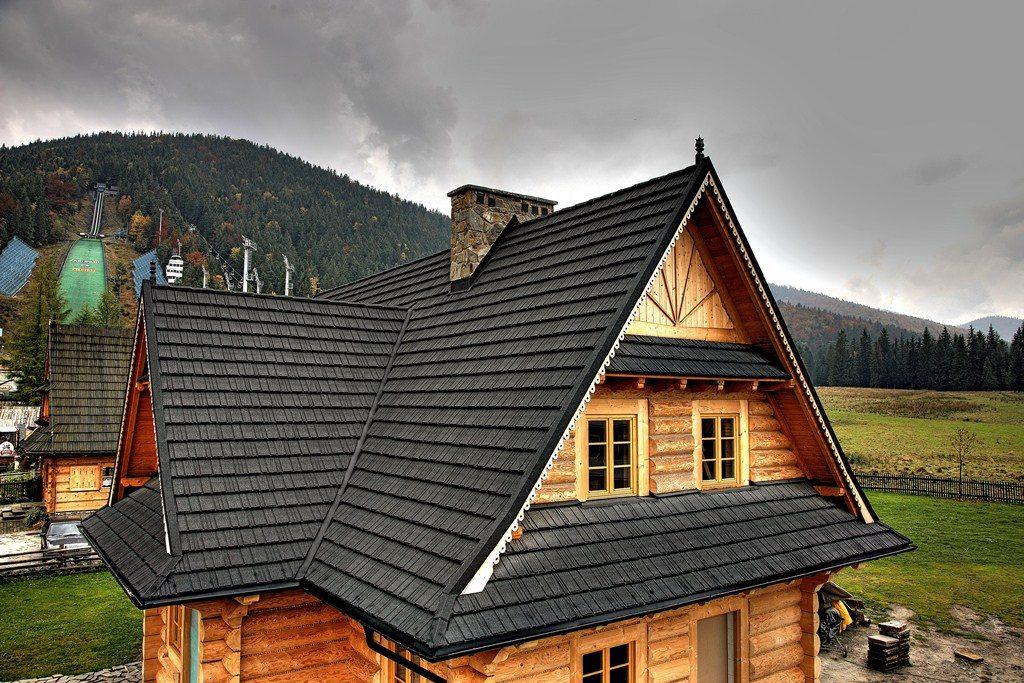 многощипцовая крыша из композитной черепицы