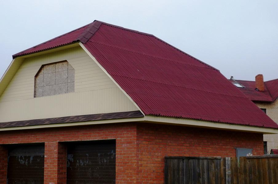 полувальмовая крыша из ондулина
