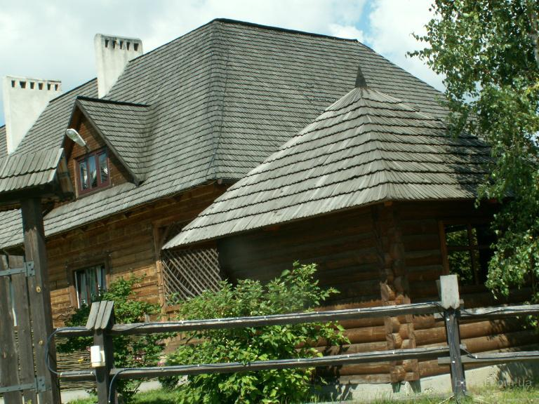 мансардная деревянная крыша