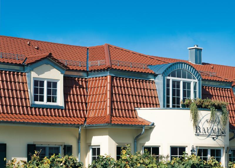 мансардная крыша из керамической черепицы