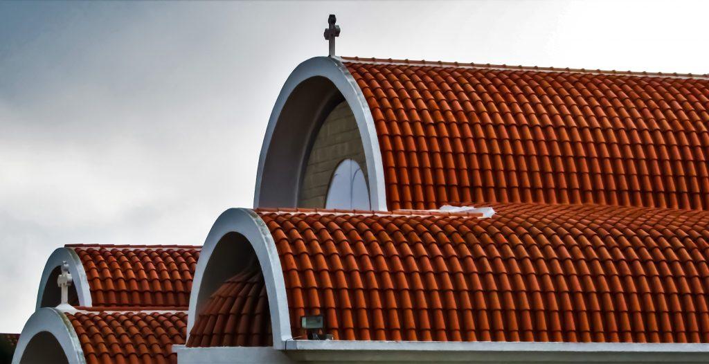 сводчатая арочная крыша